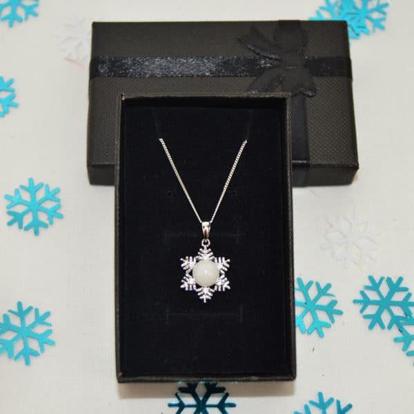 collier etoile-des-neiges